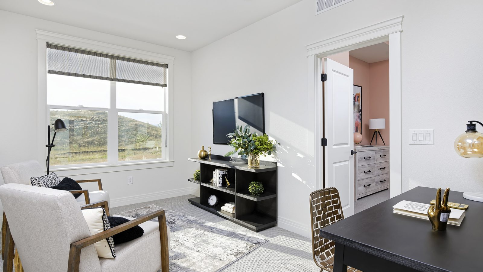 Downtown Superior: Insight - Upstairs Loft