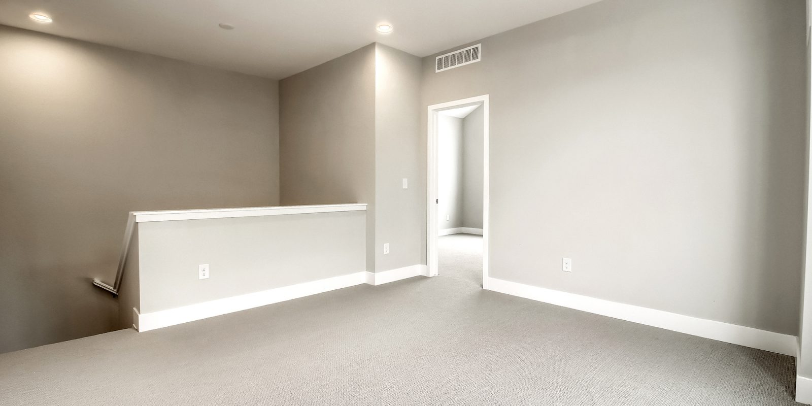 Downtown Superior: Affinity - Upstairs Loft