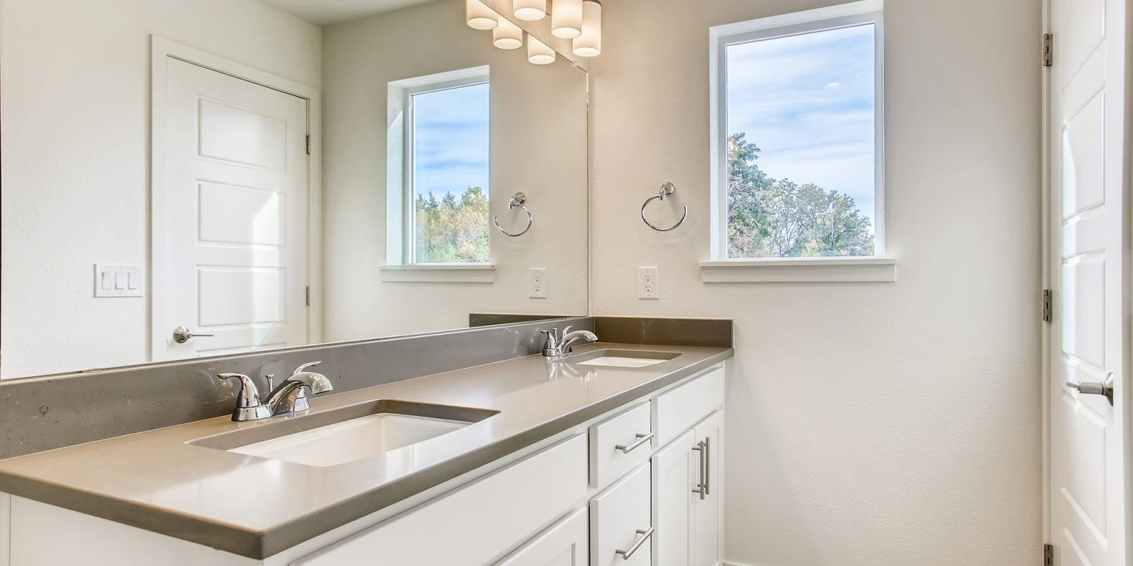 WestRidge: Garland - Master Bathroom