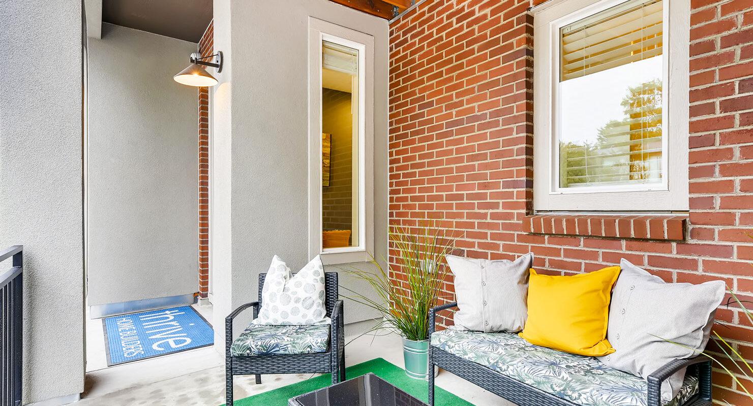 WestRidge: Paramount - Front Porch