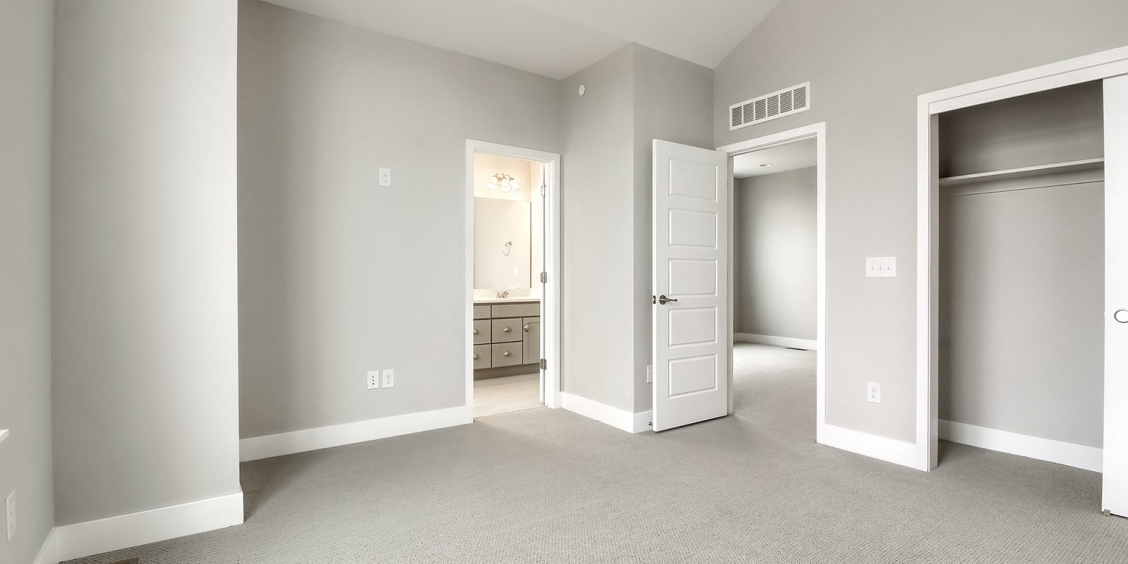 Downtown Superior: Affinity - Secondary Upstairs Bedroom